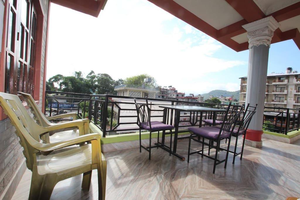 1st floor balcony seating