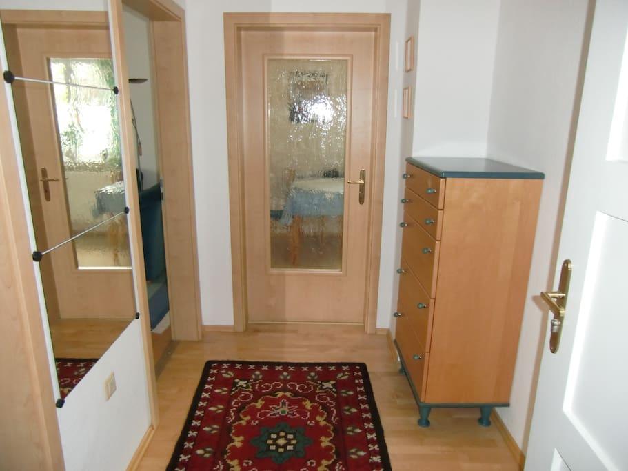 2 zimmer wohnung bei m nchen wohnungen zur miete in dachau bayern deutschland. Black Bedroom Furniture Sets. Home Design Ideas