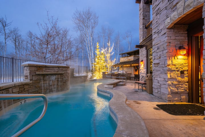 Deer Valley Ski in Ski Out Luxury Empire Canyon Views Hot Tub Complimentary Transportation