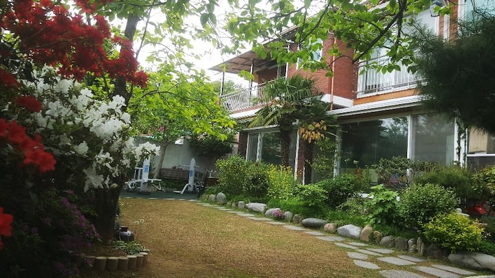 ▣ 양림동  푸른동산  blue garden (clean & cozy) 매일소독하는안심숙소