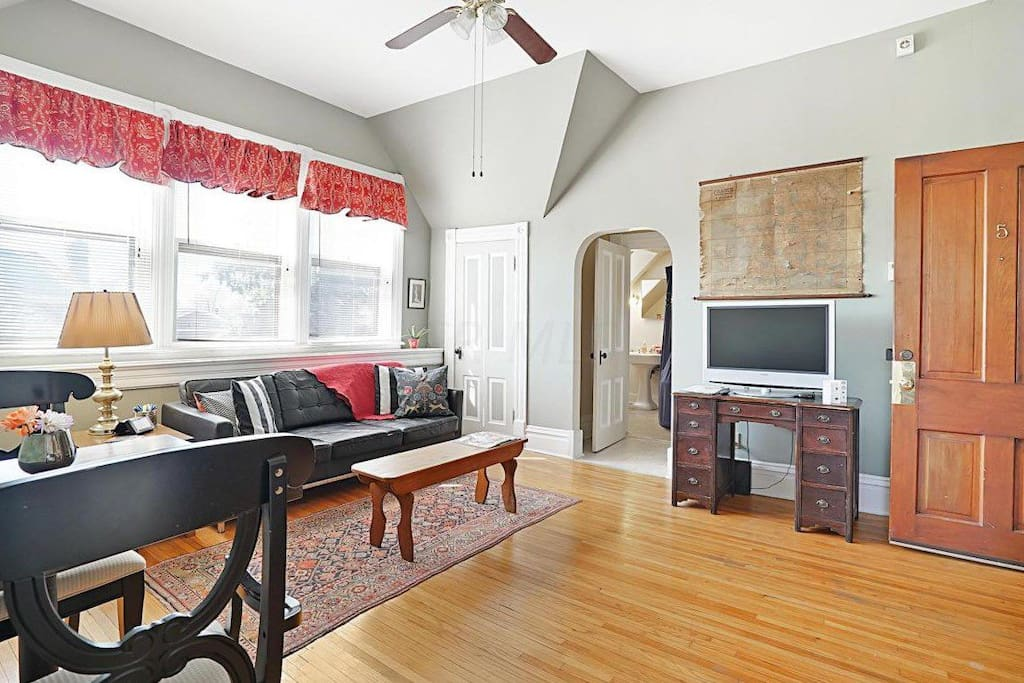 Olde Towne East Antique Modern Apt Apartments For Rent