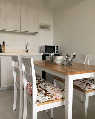 Azure Suite!  2 Beds!  Great Value Staycation! - Parañaque - Apartment