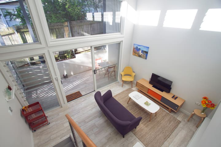 One Bedroom Garden Apartment in Balmain with views - Balmain - Leilighet