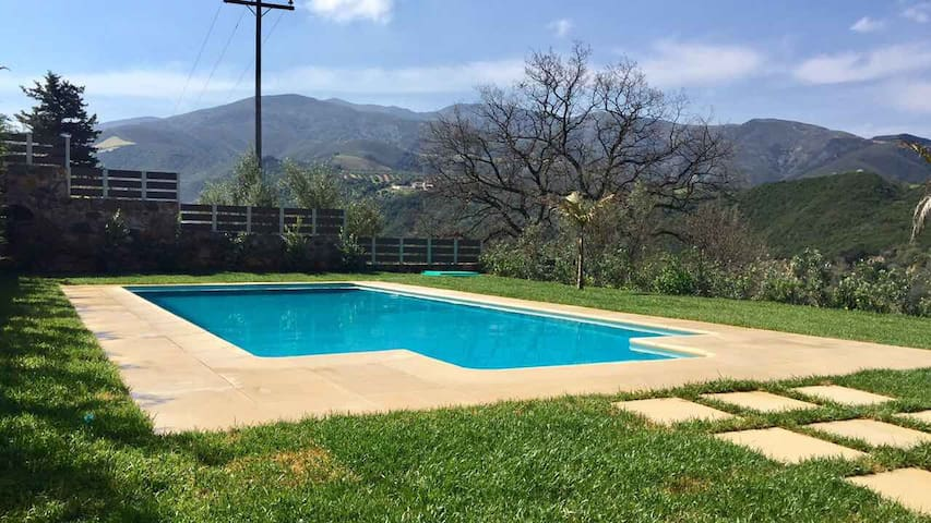 Epimenidis House Heated Pool - Nteres