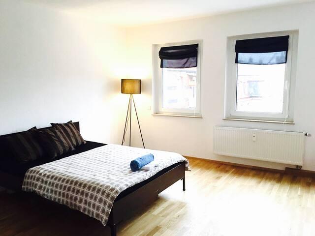 central & modern apartment - Nürnberg - Daire