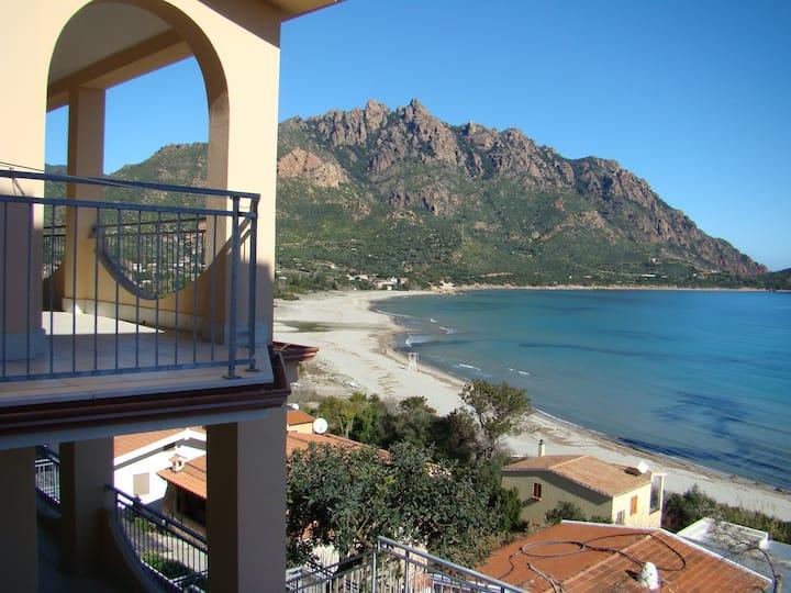 Villa panoramica 60m dal mare, apt2.  IUN P7950