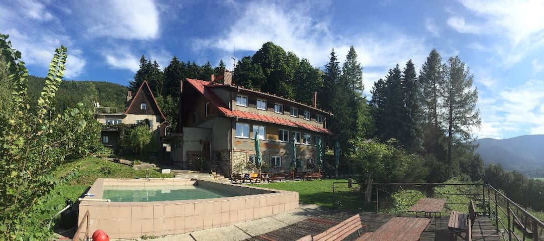 Chata Ostrá na Ostravici