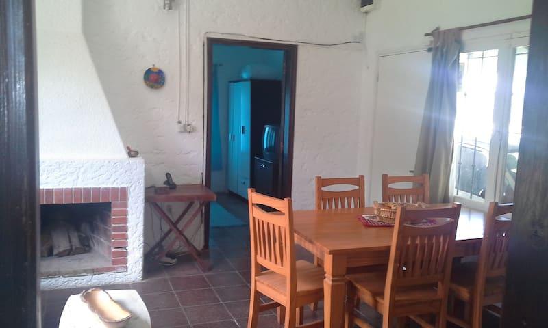 Casa en El Chorro, buena ubicación. - El Chorro - Casa