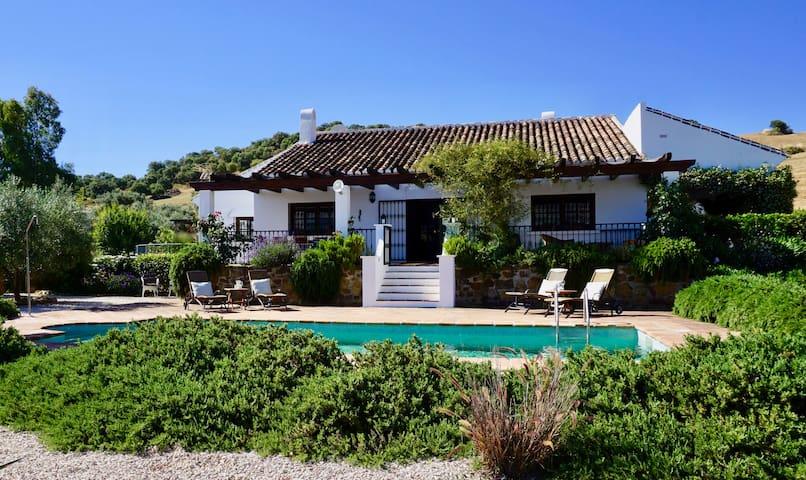 Beautiful cortijo in the countryside near Málaga
