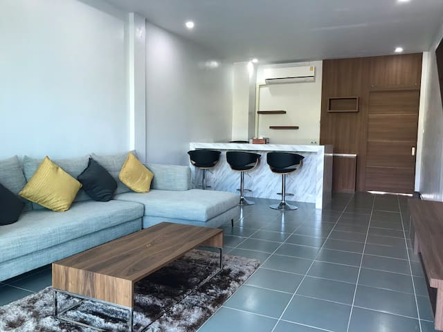 Family Home with 2br, kitchen & living room and AC
