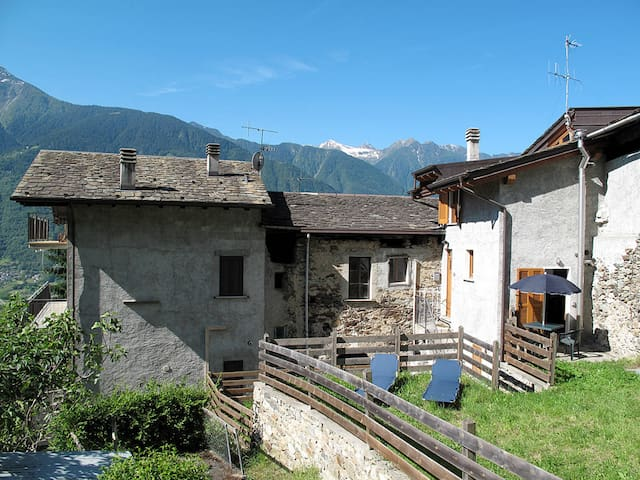 Holiday apartment in Castione Andevenno (SO)