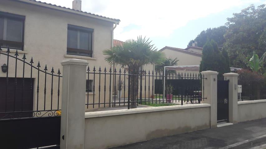 Agréable villa maison  jardin Toulouse Occitanie