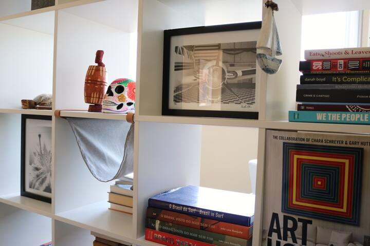 Room Divider/Book shelf