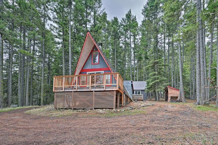 Relax and Play in the Woods! On Acreage!