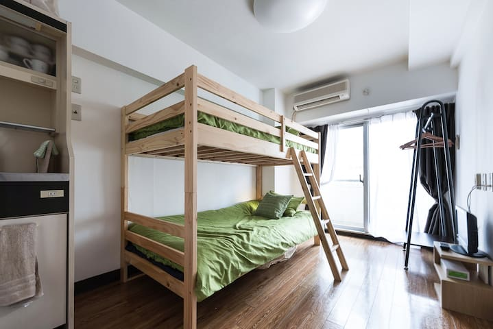 SHINJUKU(4min)cozy studio in SHIBUYA(max)3~4person - Shibuya-ku - Apartamento