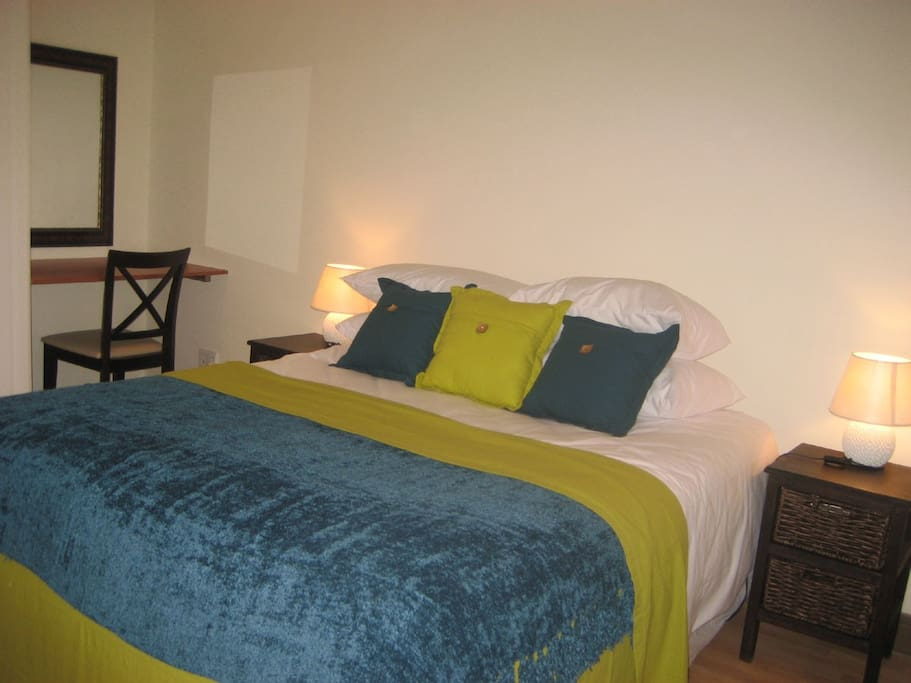 Epic Guest House - Intaba room