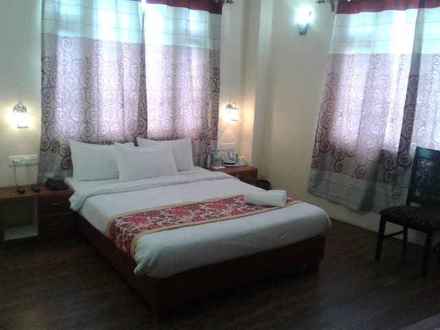 The Hotel Kizomla (Super Deluxe Room) - East Sikkim - Hotel butique