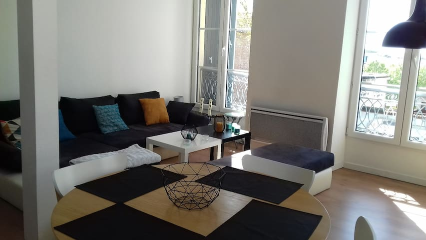Charmant appartement centre ville, bord de garonne - Agen - Apartmen