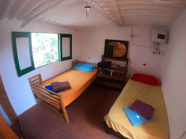 Twin Room - Blablabla Guest House, Tasarte