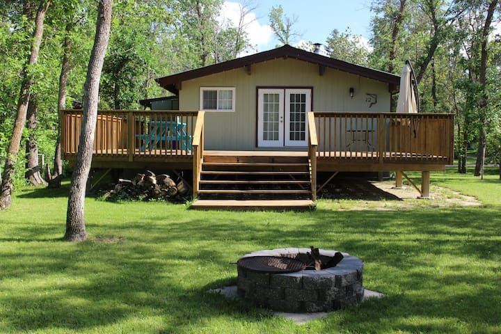 4 Season Cozy Cottage