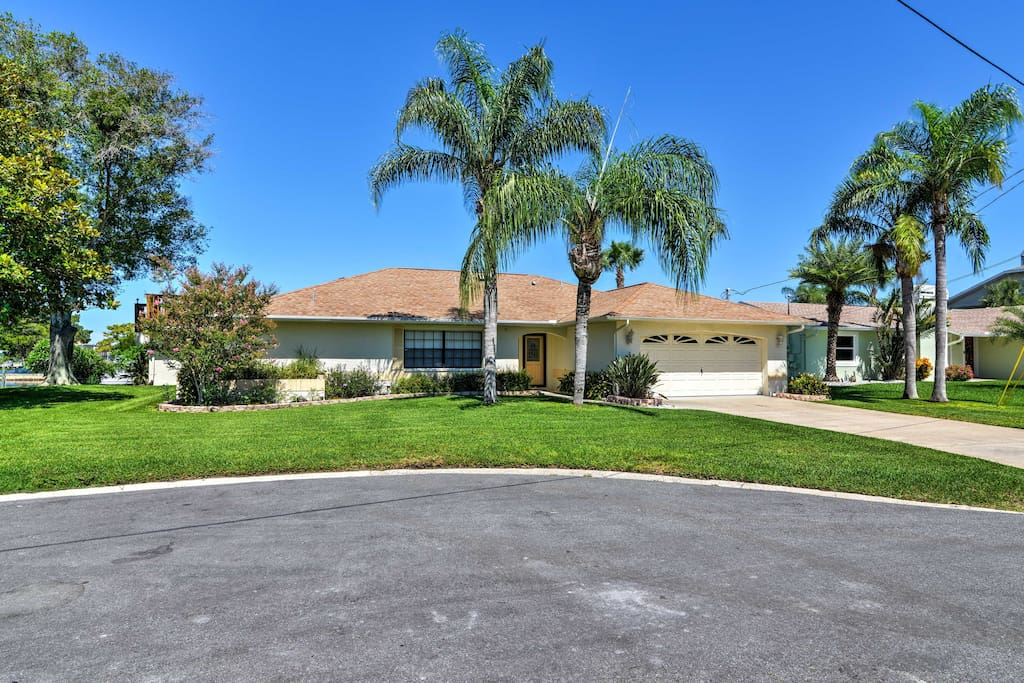 This ranch style home boasts 2,181 square feet of living space and is ideal for families or friends.