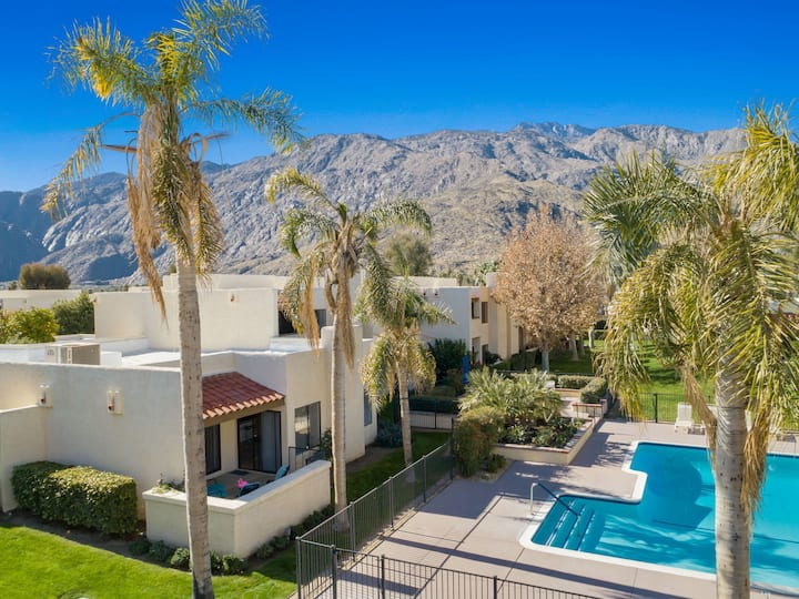 Poolside Serenity in Downtown Palm Springs