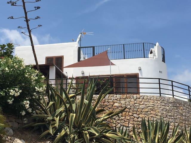 Chalet con vistas a la costa, wifi y jacuzzi - Peñíscola - Casa