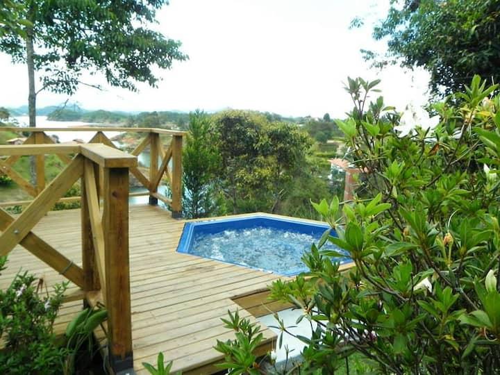 Contryhouse La choza in Guatapé-Colombia con WIFI