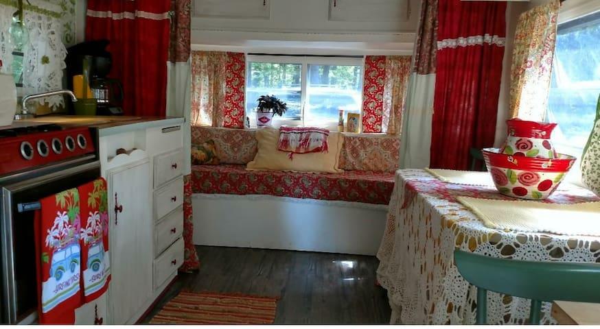 Cozy Vintage Camper - Delivered to you