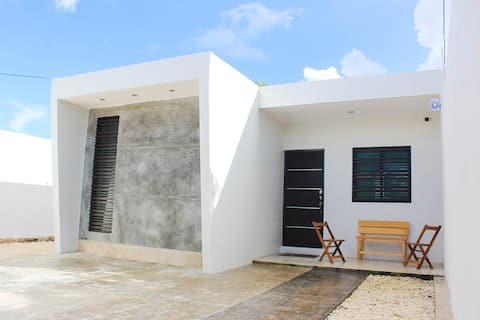 Casa loma bonita,AC,Cenotes at 10 min,WIFI,Cable