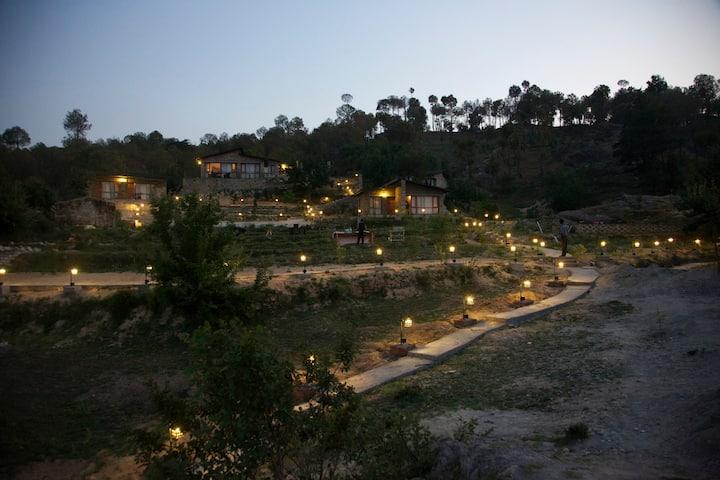 Queens Meadows By Sunshine & Smiles, Ranikhet - Luxury Villas