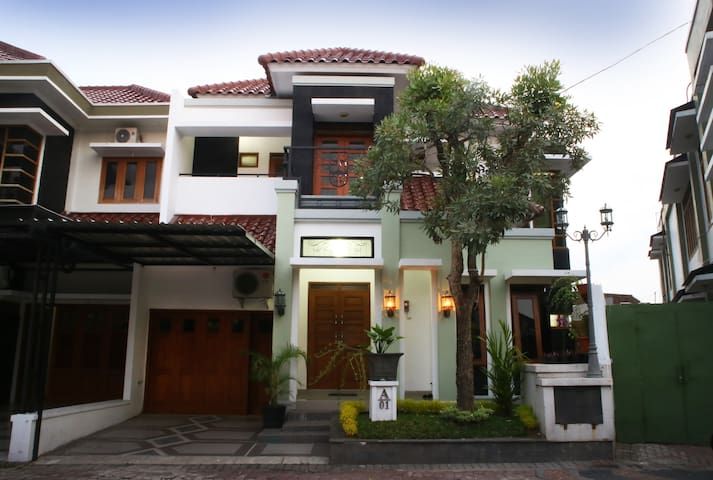 sheehan guest house