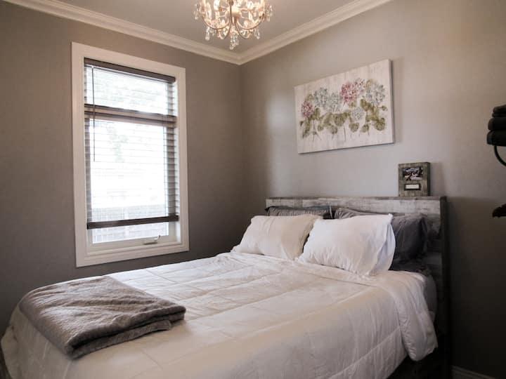 Charming and comfortable vintage home