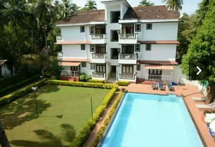Amazing Cozy room in a resort - Candolim - Appartement