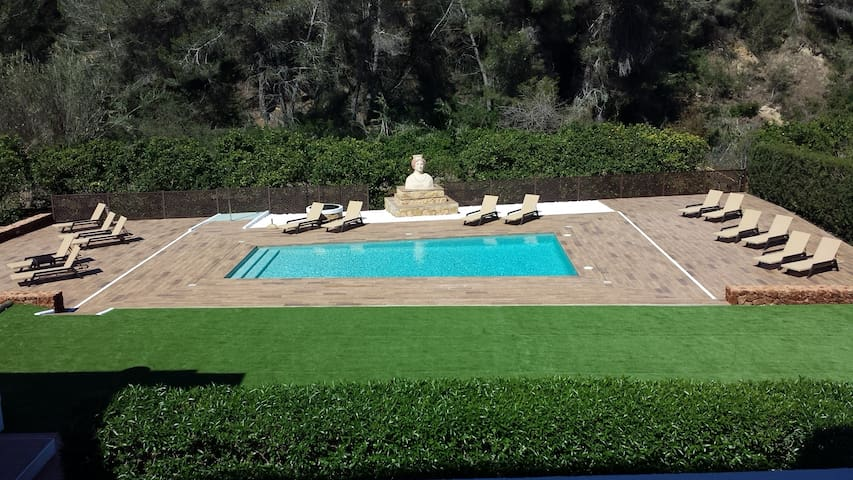 Apartamentos Colomar Giardino Yoga Massage Relax