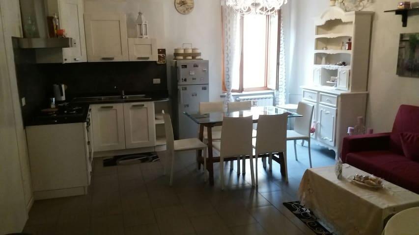 Appartamento in piazza Buti - Buti