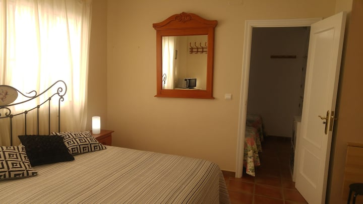 Private room CANELA en Conil, wifi.
