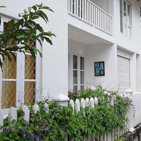 White Villa Private Apartment 2