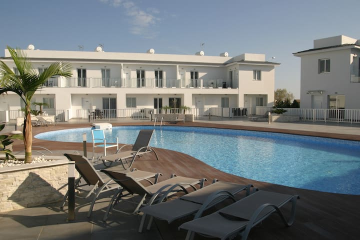 The Heather Apartment - Larnaca - Byt