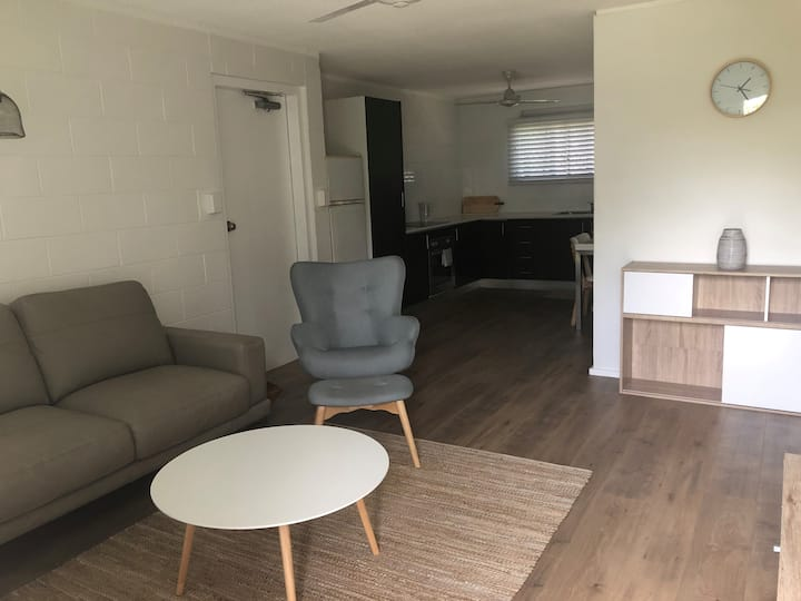 2 Bedroom Unit in West End, Townsville