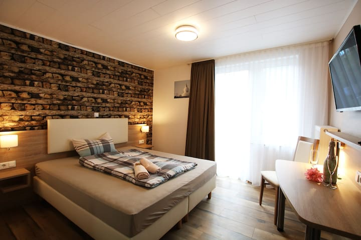 Doppelbettzimmer Nr 2