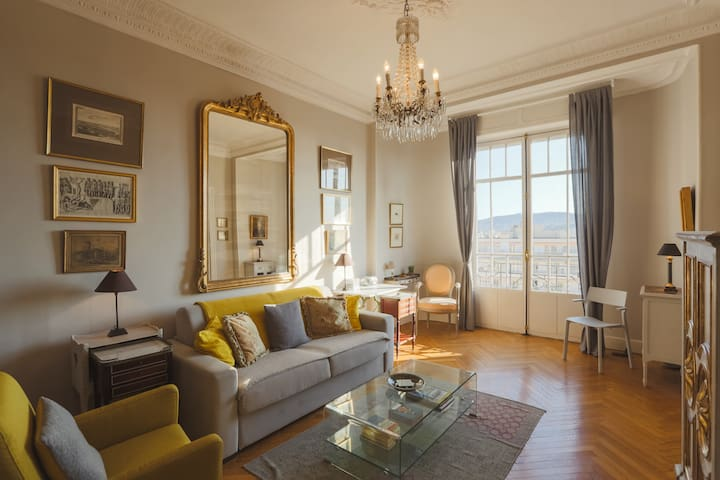 Lovely & Bright Studio Apartment in Nice