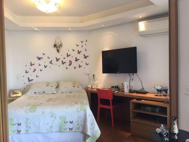 Apartamento Decorado no Coração da Vila Olímpia - São Paulo - Apartamento