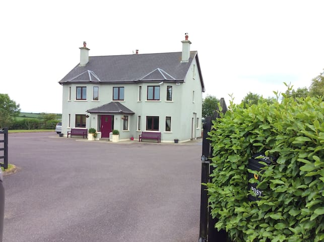 Luxury Country House 4 Double Rooms