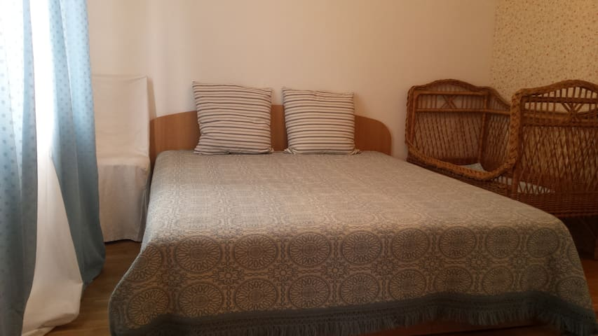 II bedroom