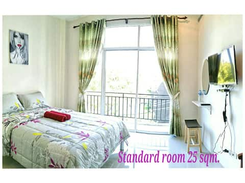 Standard Room 25 sqm.with queen size  bed