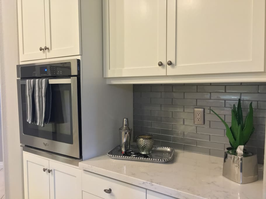 Kitchen view 2 - brand new convection oven