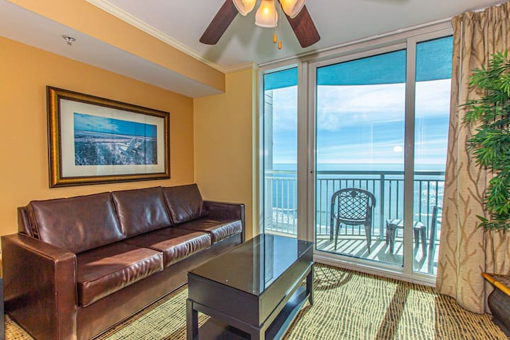 Towers On The Grove - Direct Oceanfront Suite - Sleeps 6 guests!