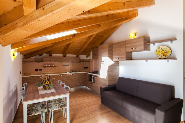 Cozy new apartment close to Lake - Pieve - Lejlighed