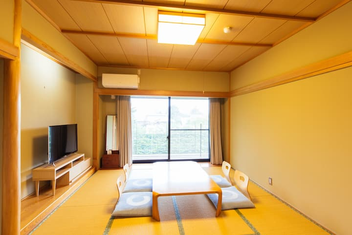 Small Hotel in the Woods/Washitsu for 2P/Karuizawa